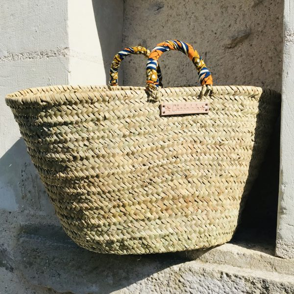 straw-market-tote-bag