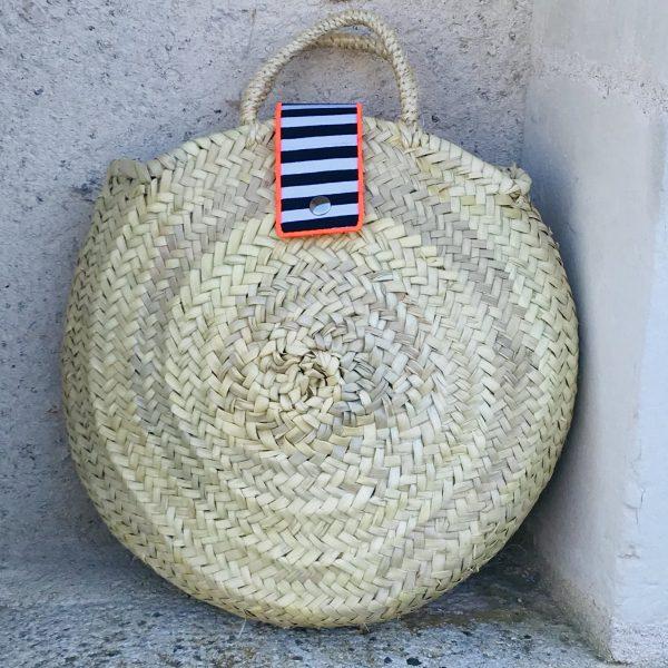 straw-handbag-tote
