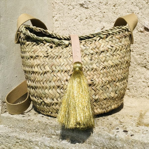 small-straw-bag